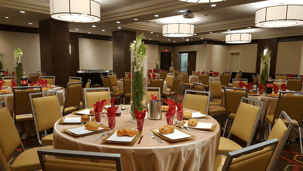 Shabbos meals at the Four points ballroom
